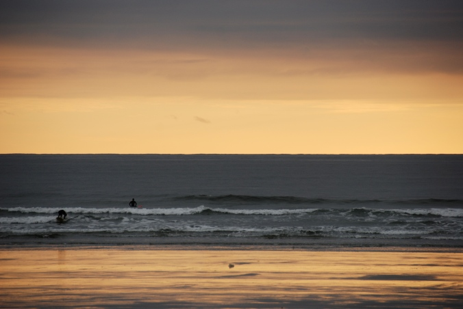 surfers, Long Beach, Tofino
